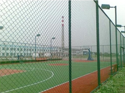 运动场围网